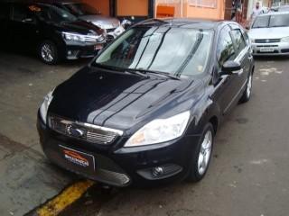 Veículo: Ford - Focus - 1.6 GLX Completo em Ribeirão Preto