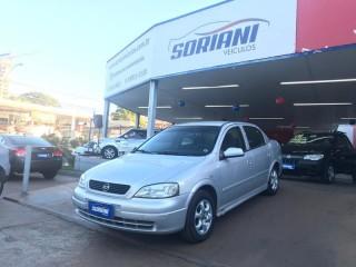 Veículo: Chevrolet (GM) - Astra Sedan -  em Ribeirão Preto