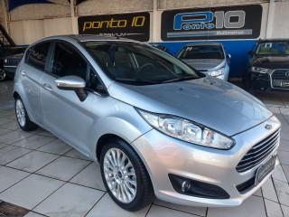 Veículo: Ford - Fiesta Hatch - Titanium 1.6 em Ribeirão Preto