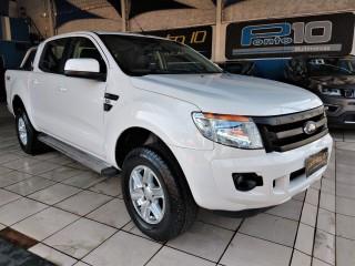 Veículo: Ford - Ranger - XLT 3.2 em Ribeirão Preto