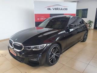Veículo: BMW - 320i - 2.0 16V TURBO M SPORT em Ribeirão Preto