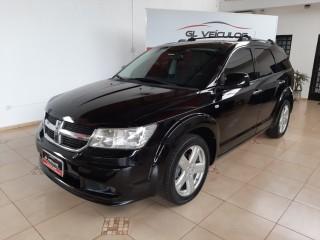 Veículo: Dodge - Journey - 2.7 R/T V6 em Ribeirão Preto