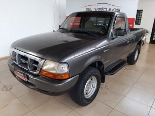Veículo: Ford - Ranger - 2.5i em Ribeirão Preto