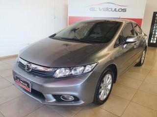 Veículo: Honda - Civic - 1.8 LXS em Ribeirão Preto
