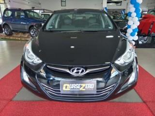 Veículo: Hyundai - Elantra -  em Ribeirão Preto