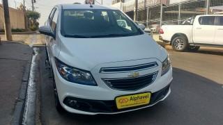 Veículo: Chevrolet (GM) - Onix - 1.4 MPFI LTZ 8V FLEX 4P MANUAL em Bebedouro