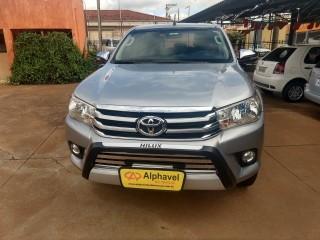 Veículo: Toyota - Hilux - 2.8 SRV 4X4 CD 16V DIESEL 4P AUTOMÁTICO em Bebedouro