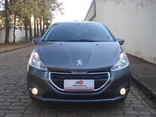 Veículo: Peugeot - 208 - 1.5 ALLURE 8V FLEX 4P MANUAL em Bebedouro