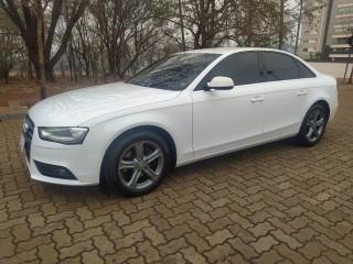 Veículo: Audi - A4 - 1.8 Tiptronic em Ribeirão Preto