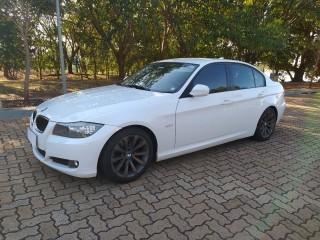 Veículo: BMW - 320i - 2.0 em Ribeirão Preto