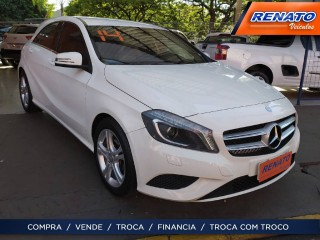 Veículo: Mercedes-Benz - B 200 - 1.6 TURBO STYLE 16V GASOLINA 4P AUTOMÁTICO em Ribeirão Preto