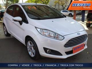 Veículo: Ford - Fiesta Sedan - 1.6 SE HATCH 16V FLEX 4P POWERSHIFT em Ribeirão Preto