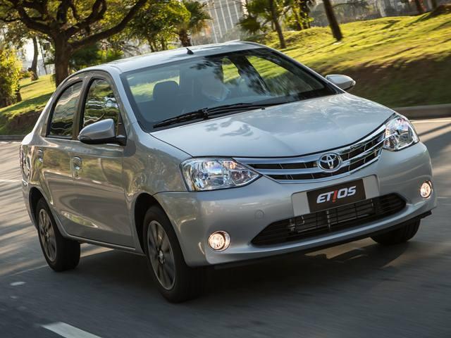 toyota-etios-sedan-2015