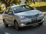 Toyota lança linha 2015 do Etios no mercado brasileiro
