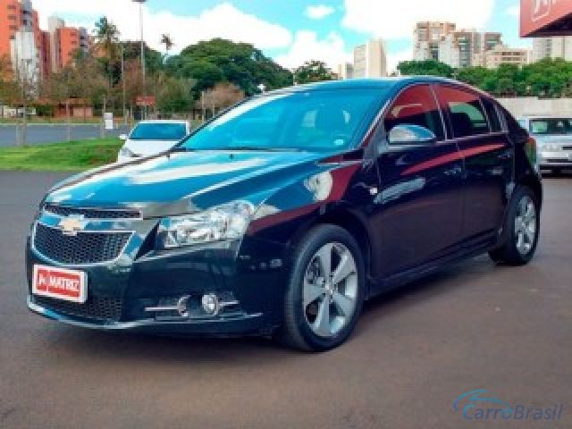 Mais detalhes do Chevrolet (GM) Cruze 1.8 LT 16V FLEX 4P MANUAL Flex