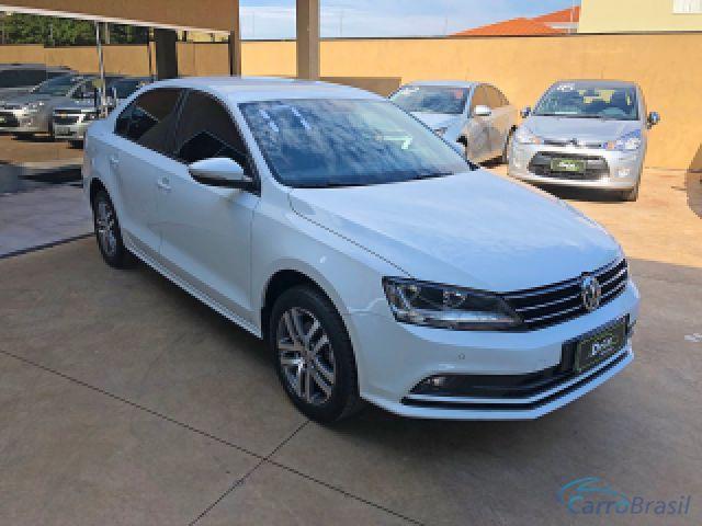 Mais detalhes do Volkswagen Jetta 1.4 16V TSI COMFORTLINE GASOLINA 4P TIPTRONIC Gasolina