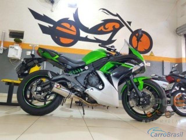 Mais detalhes do Kawasaki Ninja 650R Gasolina