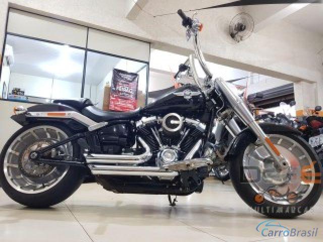 Mais detalhes do Harley Davidson Fat Boy boy Gasolina