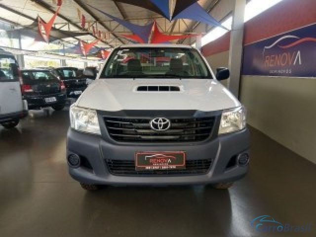 Mais detalhes do Toyota Hilux 3.0 4X4 CS CHASSI 16V TURBO INTERCOOLER Diesel