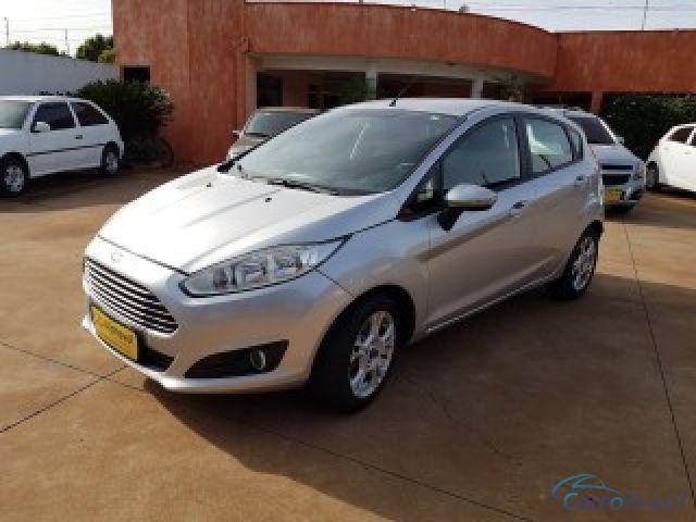 Mais detalhes do Ford Fiesta Sedan 1.6 SE HATCH 16V FLEX 4P MANUAL Flex
